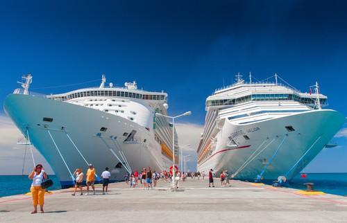 DOJ Carnival Corp Reach Settlement To Improve Cruise Ship - Docked cruise ship