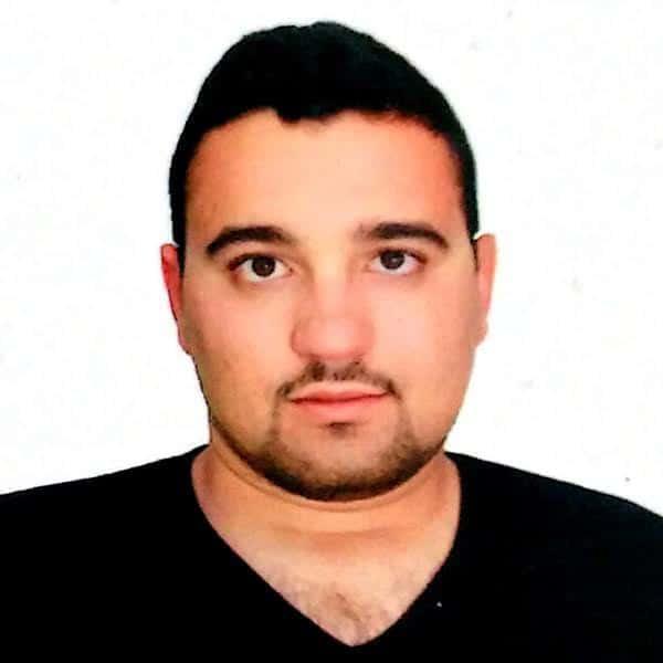 Headshot of Arbi Chouikh